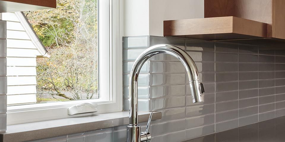 Sink & Faucet Design Tips Your Kitchen Needs Now